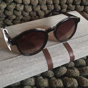 💙😎LAUREN CONRAD Sunglasses